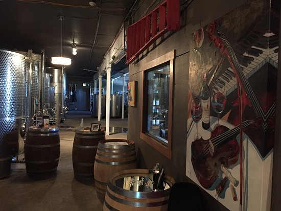 Penticton, كندا: Nice tasting room at The View winery