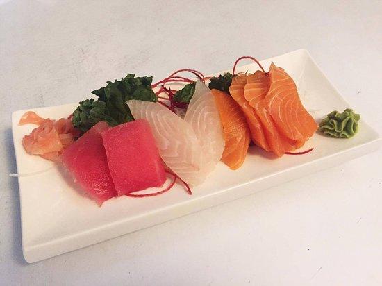 Pearl Sushi: Sashimi Appetizer
