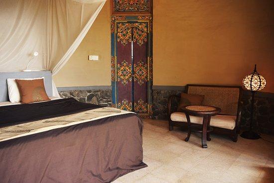 Balila Beach Resort: sunrise bungalow inside