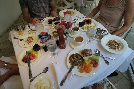 Nottoway Plantation Resort: Petit dejeuner excellent