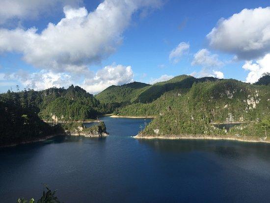 Parque Nacional Lagunas de Montebello : photo0.jpg