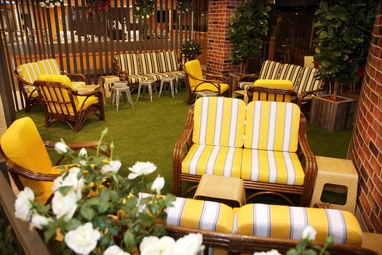 Backyard Italian Restaurant Maroubra