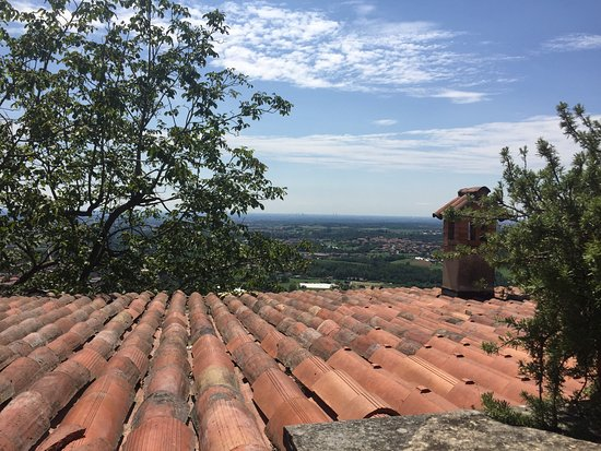 photo2.jpg - Foto di Terrazze di Montevecchia Agriturismo ...