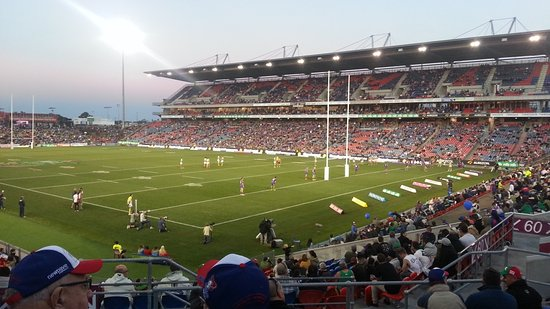 Hunter Stadium: Great view from anywhere in the stadium