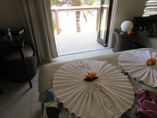 Seabreeze Resort: Beachfront Villa 8