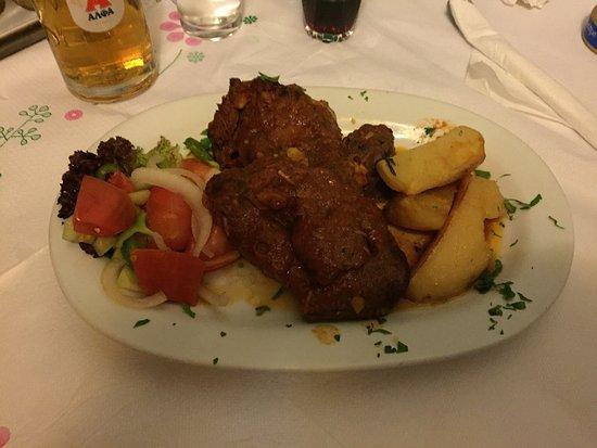 Manolis Taverna Restaurant: photo0.jpg