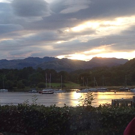 The Lakeside Restaurant at YHA Ambleside: photo0.jpg
