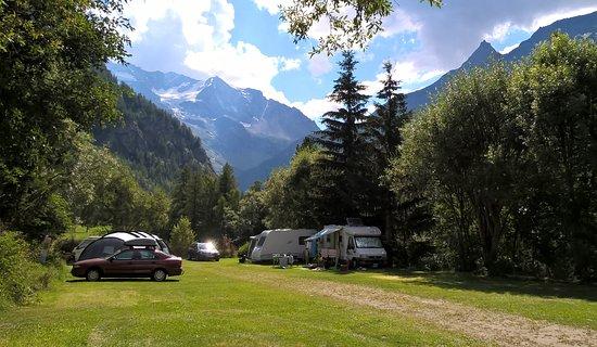 Nancroix, France: Campeggio (categoria piazzole ampie)