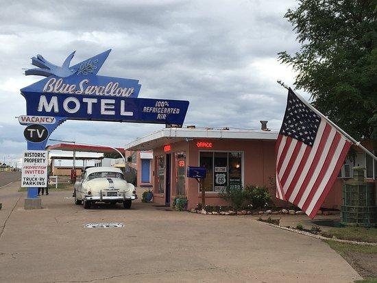 Blue Swallow Motel: photo1.jpg
