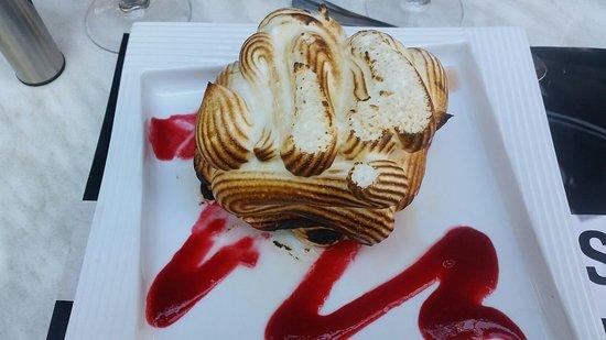 Gemenos, Frankrike: Omelette norvégienne.... Un régal...