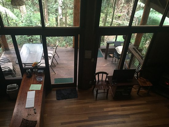 Atherton, Australien: The cabin is well set out. Loft bedroom pictured