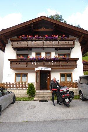 Solden, Αυστρία: Wir waren mit dem Motorrad hier, konnte das Motorrad übernacht in die Garage stellen