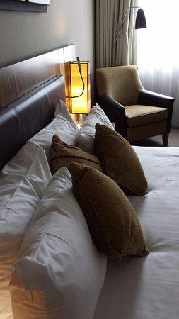 Holiday Inn Stevenage - Bedroom