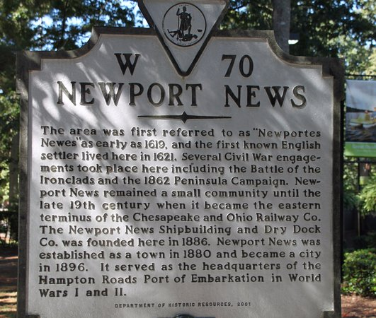 Newport News, VA: Informative marker near entrance