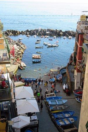 Trail 2: Riomaggiore port