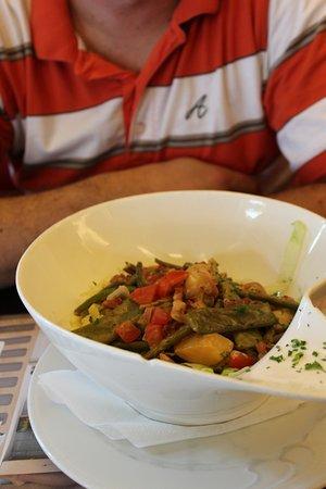 Brasserie London: Salade Liègeoise