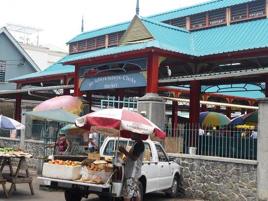 Esterno Victoria Market