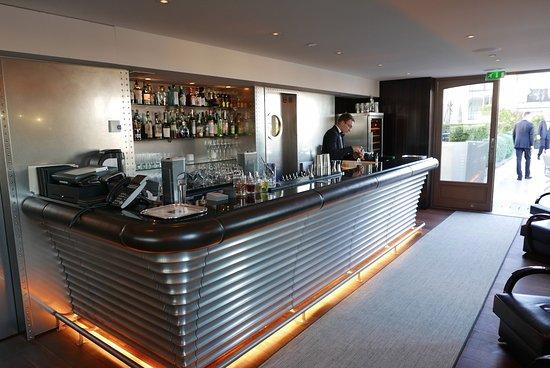 bar photo de l 39 oiseau blanc restaurant paris tripadvisor. Black Bedroom Furniture Sets. Home Design Ideas