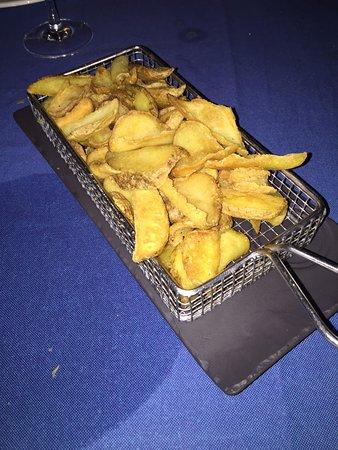 San Roque, Испания: patatitas refritas y recalentadas