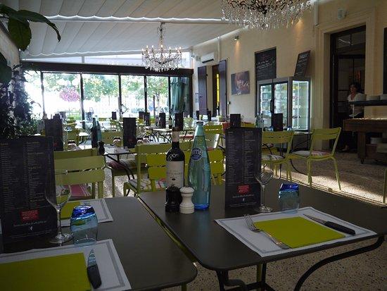 Bouliac, Prancis: Salle du restaurant