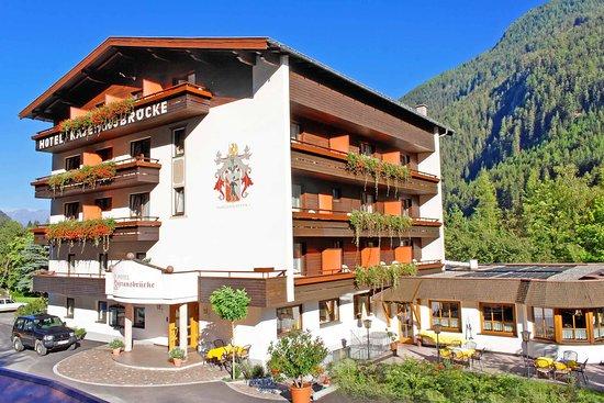 Hotel Kajetansbrucke