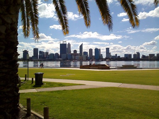Swan River: From South Perth. Near the Zoo.