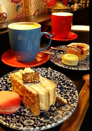 La Torta Cafe Melbourne