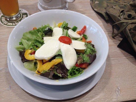 Znojmo, Republik Ceko: Jidlo bylo fajn. Chutnalo nam.
