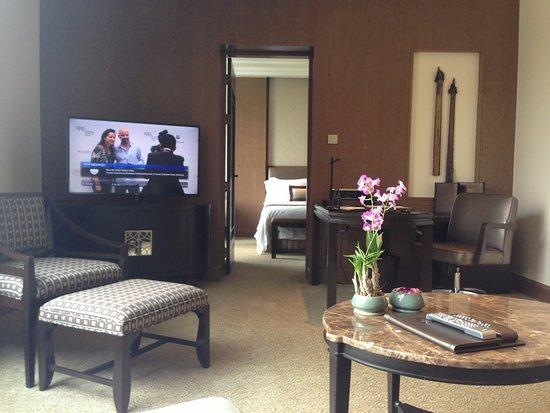 โรงแรมเชอราตัน แกรนด์ สุขุมวิท: 套房客廳