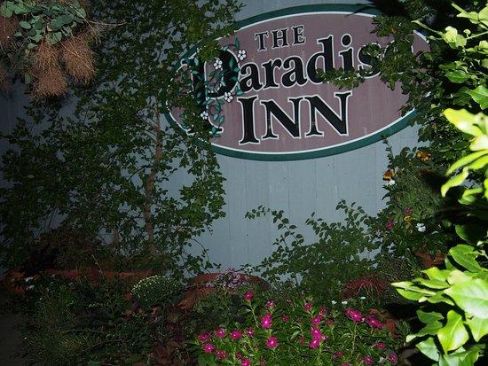 Paradise Inn: P8272105_large.jpg