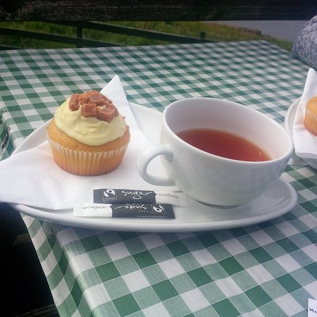 Tea &cake