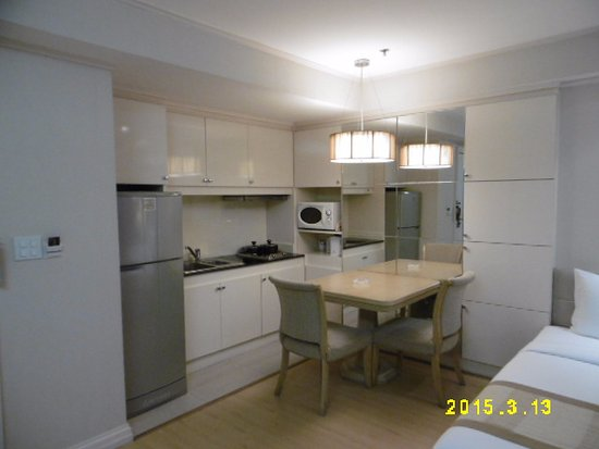 Hope Land Executive Serviced Apartment: キッチン
