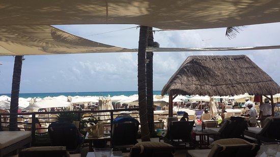 El Tukan: Kool Beach