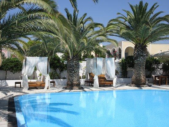 Strogili Hotel: nydelig basseng