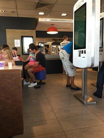 Baillargues, Francia: McDonald's