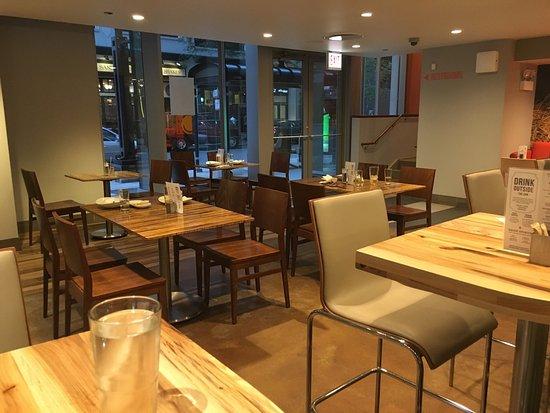 Lyfe Kitchen Streeterville Chicago Streeterville Restaurant Reviews Phone Number Photos