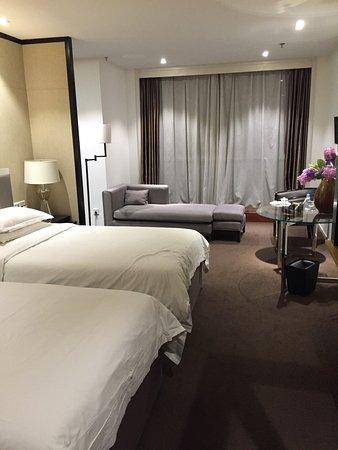 银天国际商务酒店