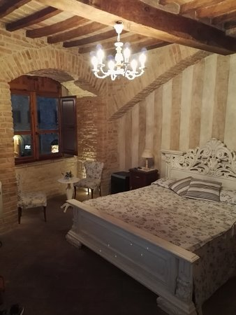 Al Pozzo dei Desideri: Camera Cisterna, splendida!