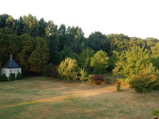 Brion, Francia: Prachtig uitzicht vanuit kamer