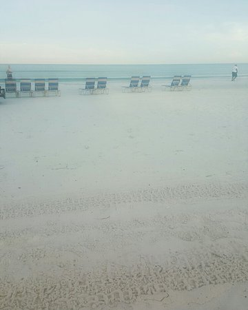 Tropical Beach Resorts: IMG_20160827_074045_large.jpg