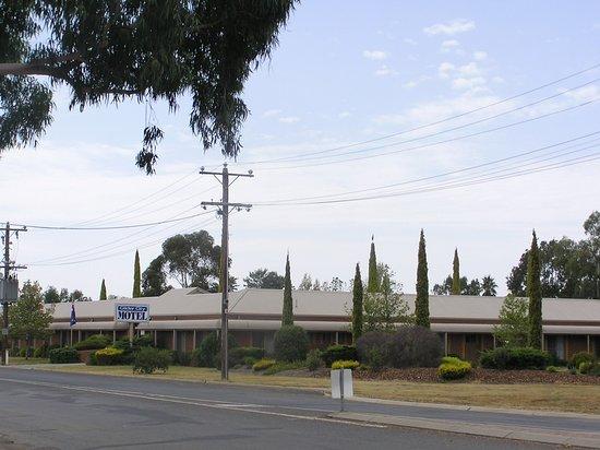 Benalla, Australia: Street frontage