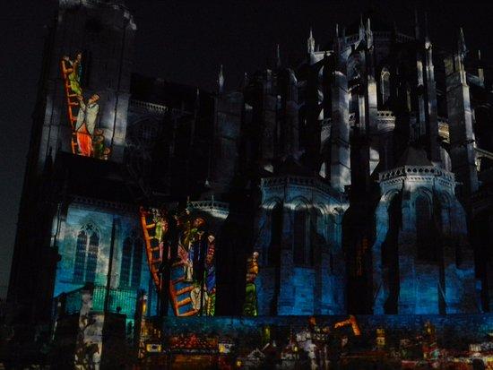 La Nuit des Chimeres: Cathédrale