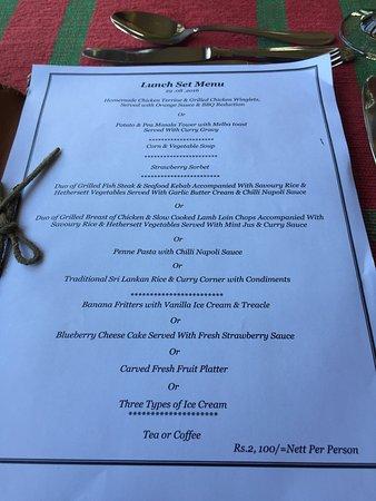 เฮอริแท้นซ์ ที แฟคทอรี: Lunch set menu