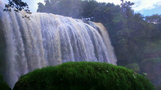 Elephant Falls: IMG_20160708_174447_large.jpg