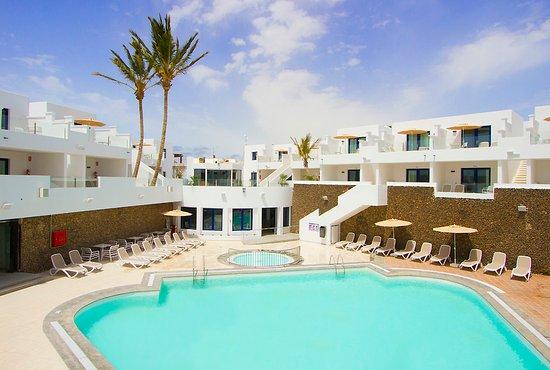 Aqua suites lanzarote puerto del carmen opiniones comparaci n de precios y fotos del hotel - Precios lanzarote ...