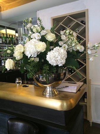 Le Persil Fleur Picture Of Le Persil Fleur Paris Tripadvisor