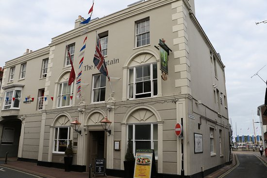 Cowes, UK: The Fountain Inn at Cowes