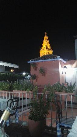 Casa Pepe de la Juderia: IMG_20160827_234841_large.jpg