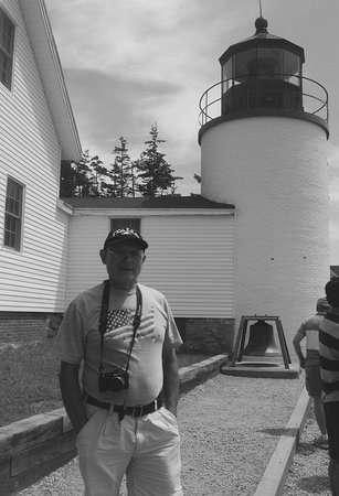 Bass Harbor, ME: This is a better picture of the light house with my husband !