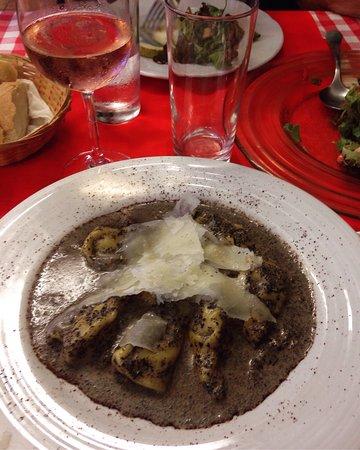 La Barca Restaurante Pizzeria: photo0.jpg